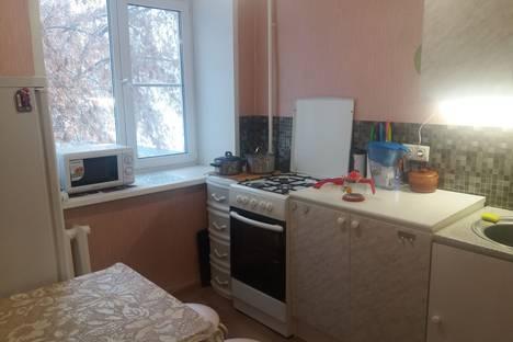 Сдается 3-комнатная квартира посуточно, ул. Северная 2.