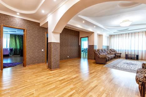 Сдается 3-комнатная квартира посуточно в Нур-Султане (Астане), Нур-Султан (Астана), улица Достык, 5/1.