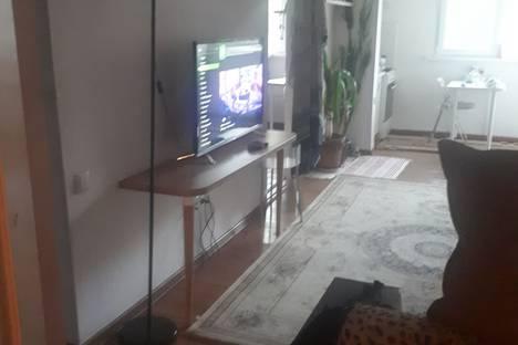Сдается 3-комнатная квартира посуточно в Ташкенте, улица Учтепа, 14.