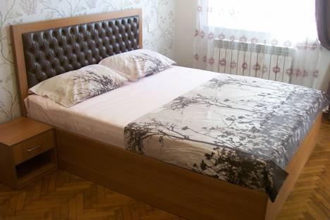 Сдается 3-комнатная квартира посуточно, Баку.