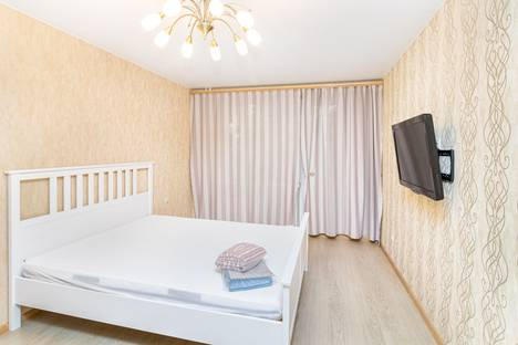 Сдается 1-комнатная квартира посуточно в Тюмени, Профсоюзная улица, 30.