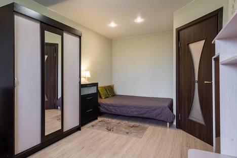 Сдается 1-комнатная квартира посуточно в Санкт-Петербурге, Пулковское шоссе, 40к3, подъезд 1.