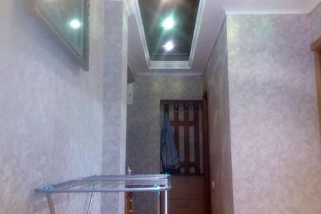 Сдается 2-комнатная квартира посуточно в Алуште, Республика Крым,улица 50 лет Октября, 10.