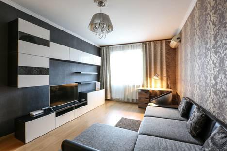 Сдается 1-комнатная квартира посуточно, Пятницкое шоссе, 21.