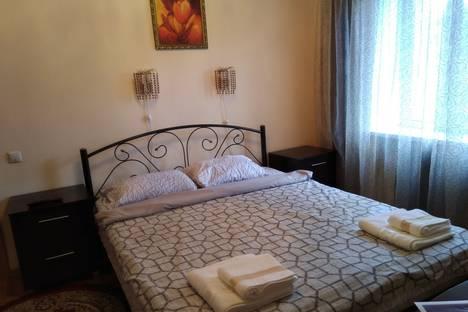 Сдается 2-комнатная квартира посуточно в Мурманске, улица Воровского, 19.
