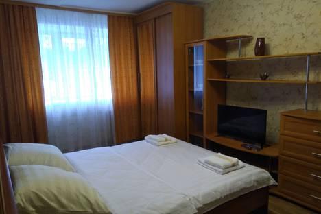 Сдается 1-комнатная квартира посуточно, улица Академика Книповича, 39.