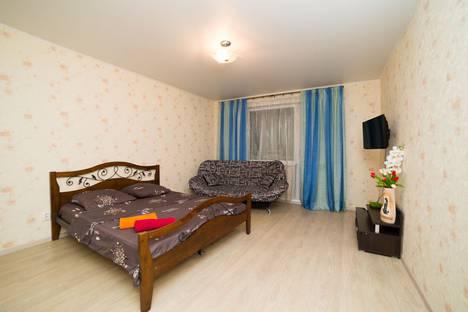 Сдается 1-комнатная квартира посуточно в Челябинске, улица Молодогвардейцев, 38А.