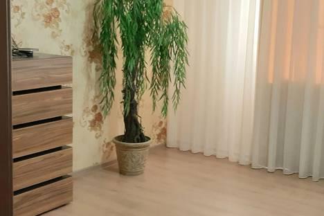 Сдается 2-комнатная квартира посуточно, микрорайон №31, улица Рогожникова, 3.