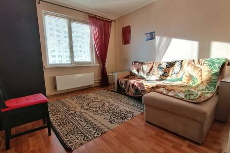 Сдается комната посуточно, улица Карякина, 27.