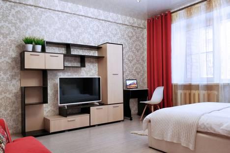 Сдается 1-комнатная квартира посуточно, улица Чайковского, 68А.