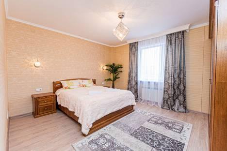 Сдается 2-комнатная квартира посуточно, Астана, Сауран 3.