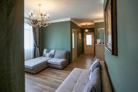 Сдается 2-комнатная квартира посуточно в Ессентуках, улица Орджоникидзе, 67А.