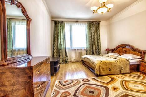 Сдается 2-комнатная квартира посуточно в Ессентуках, Интернациональная улица, 10.