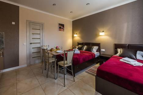 Сдается 1-комнатная квартира посуточно в Энгельсе, Саратовская область,Смоленская улица, 13Б.