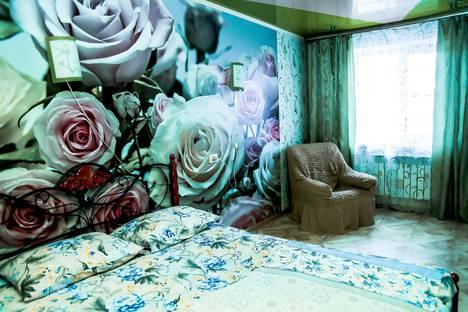 Сдается 2-комнатная квартира посуточно в Ленинске-Кузнецком, улица Зварыгина, 16.