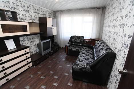 Сдается 2-комнатная квартира посуточно, бульвар Химиков, 10/2.