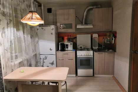 Сдается 1-комнатная квартира посуточно в Урае, 3-й микрорайон, 1.