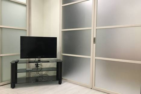 Сдается 1-комнатная квартира посуточно в Туле, улица Макаренко, 7.