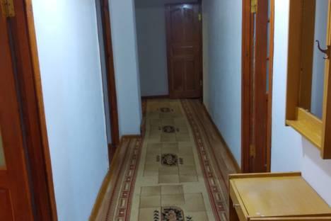 Сдается 3-комнатная квартира посуточно в Кызылорде, микрорайон Сырдария, 1.