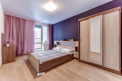 Сдается 2-комнатная квартира посуточно, Среднерогатская улица, 16к5.
