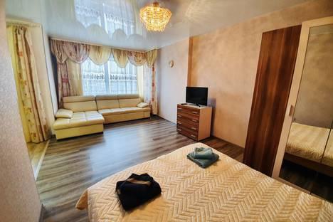 Сдается 1-комнатная квартира посуточно в Иркутске, улица Карла Либкнехта, 114.