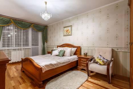Сдается 3-комнатная квартира посуточно в Москве, Дубнинская улица, 17к2.