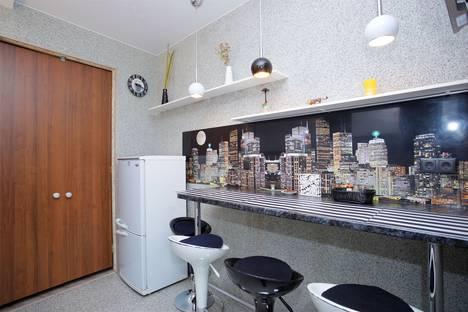 Сдается 3-комнатная квартира посуточно в Санкт-Петербурге, Невский проспект, 124.
