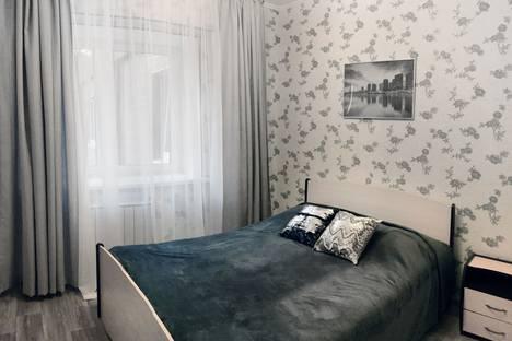 Сдается 2-комнатная квартира посуточно, улица Зверева, 1.