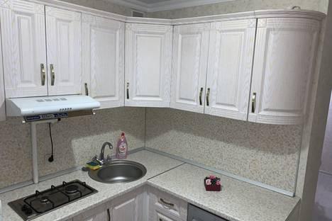 Сдается 2-комнатная квартира посуточно, проезд Цандера, 6.
