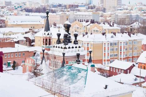 Сдается 1-комнатная квартира посуточно в Кирове, Орловская улица, 4.