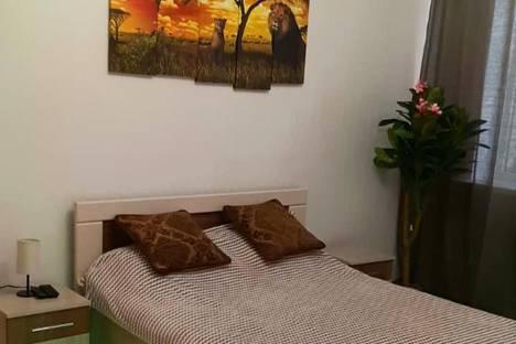 Сдается 1-комнатная квартира посуточно, микрорайон №31, улица Рогожникова, 15.