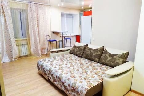 Сдается 2-комнатная квартира посуточно в Хабаровске, Владивостокская улица, 57А.