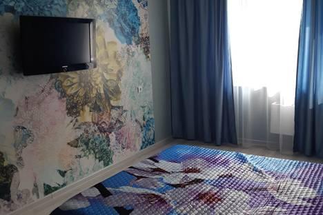 Сдается 1-комнатная квартира посуточно, улица Кирова, 118.