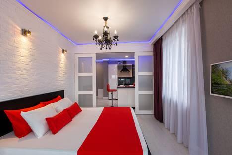 Сдается 1-комнатная квартира посуточно в Уфе, Комсомольская улица, 105.