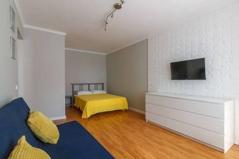 Сдается 1-комнатная квартира посуточно в Череповце, Ленинградская улица, 43.