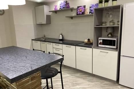 Сдается 1-комнатная квартира посуточно, Раиса Беляева 76 Г.