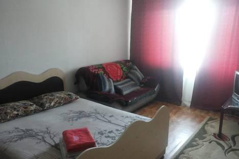 Сдается 1-комнатная квартира посуточно в Караганде, Октябрьский район, район Майкудук 18мик 21 дом.