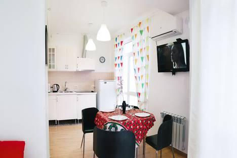Сдается 2-комнатная квартира посуточно в Сочи, микрорайон Бытха, улица Бытха, 41/24.