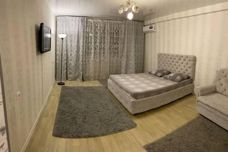 Сдается 1-комнатная квартира посуточно, 62/29.