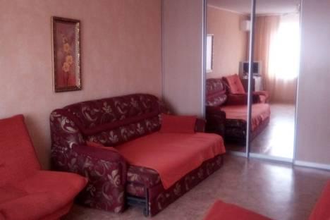 Сдается 1-комнатная квартира посуточно в Ульяновске, улица Минаева, 5.