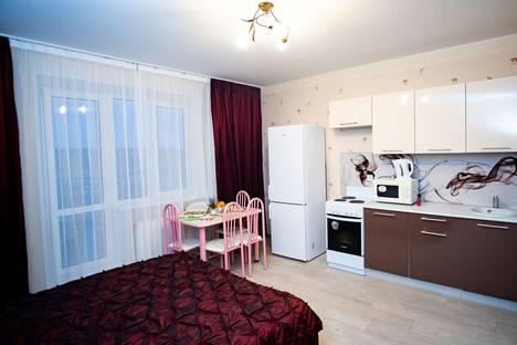 Сдается 1-комнатная квартира посуточно в Челябинске, улица Университетская Набережная, 97.