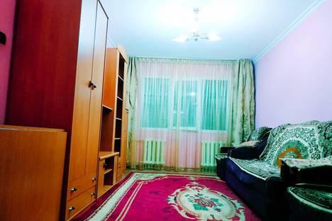 Сдается 2-комнатная квартира посуточно в Алматы, 10 микрорайон, 10.