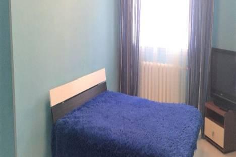 Сдается 1-комнатная квартира посуточно в Тюмени, микрорайон Тюменский-2, улица Прокопия Артамонова, 8.