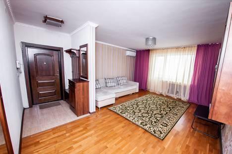 Сдается 2-комнатная квартира посуточно в Алматы, Самал2 89.