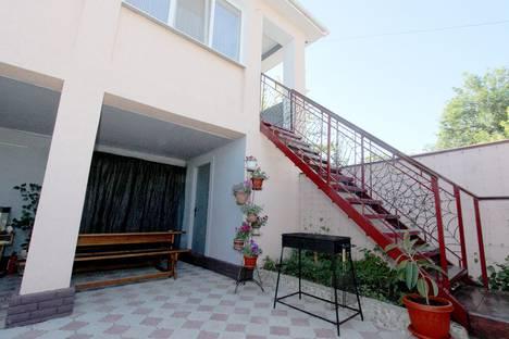 Сдается коттедж посуточно в Феодосии, Республика Крым,Строительный переулок, 16.