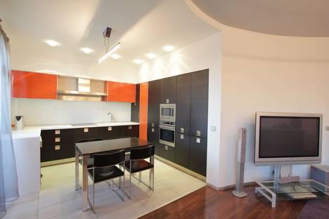 Сдается 3-комнатная квартира посуточно, Московская область,Красногорский бульвар, 26.