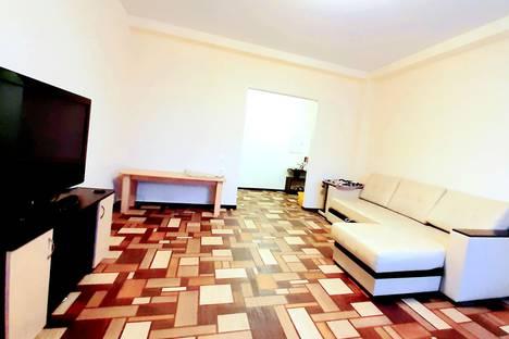 Сдается 1-комнатная квартира посуточно в Ульяновске, улица Островского, 60.