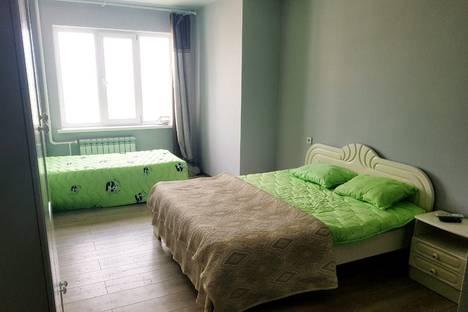 Сдается 1-комнатная квартира посуточно, улица Федора Попова, 23.