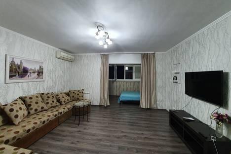 Сдается 2-комнатная квартира посуточно, ул.Я.Фабрициуса,д.2/4а.