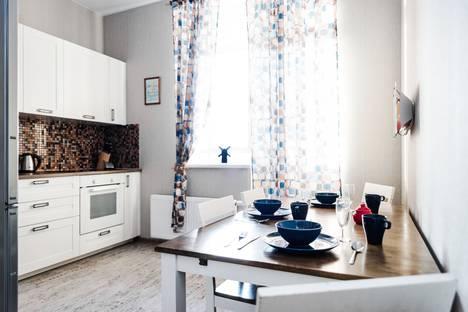 Сдается 1-комнатная квартира посуточно, Свердловская область,улица Азина, 57.